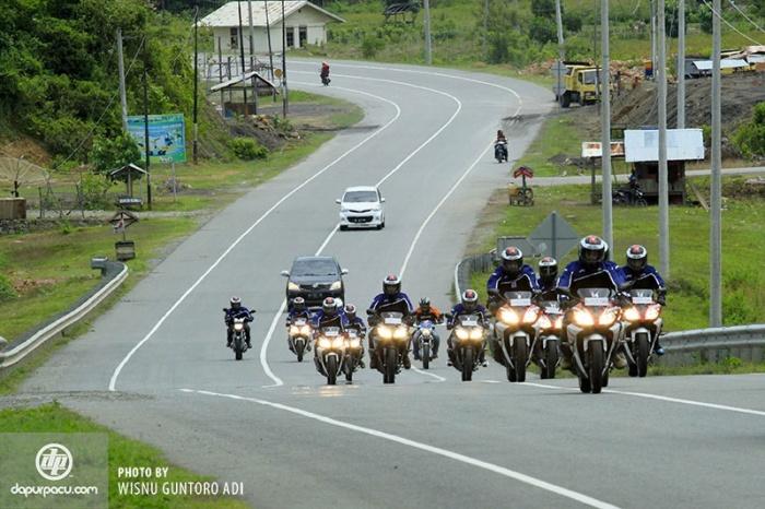 01_yamaha-R15-Touring-Sumatera-2014
