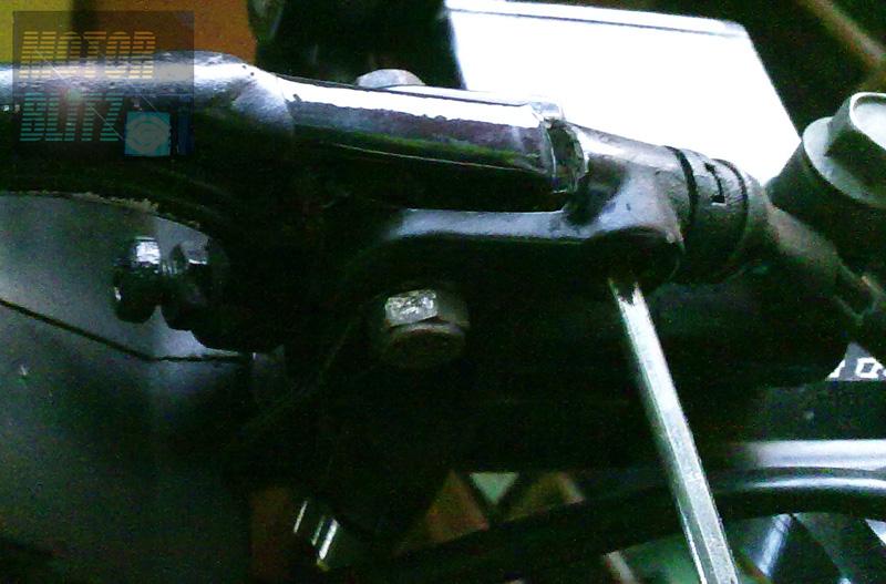 Tuas Rem Ditarik Lampu Rem Tetap Mati Servis Sendiri Yuk Motorblitz