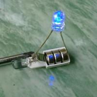 Cara sederhana membuat rangkaian lampu LED untuk lampu rem motor (bagian 1)