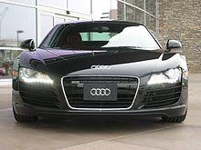 220px-Audi_R8_Led_20080225