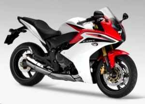 2011-honda-cbr-600-f-red-white-reviewtopmot orcyclepicturesblogspotcom