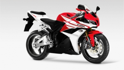 2012-honda-cbr-1000rr-red-wallpaper-2autocarbikecom