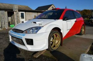 eyes-catching-red-and-white-car-sale-in-site-rally-cars-for-sale-USA-.alliancegroupusacom