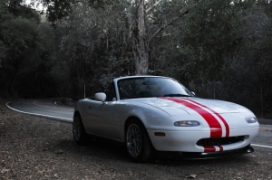 trees red white cars mazda canyon roads miata stripes 3456x2304 wallpaper_www.wallmay.com_59