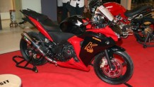 2011-honda-cbr250r-babyblade-250cc-23