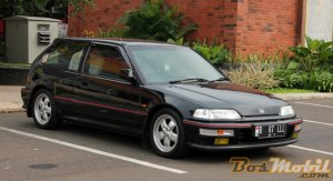 Civic_Hatchback_07