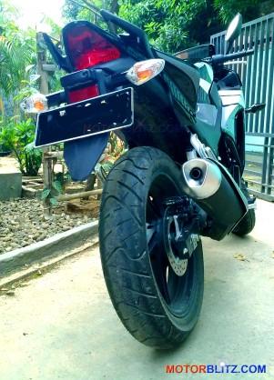 2014 cbr150r rear