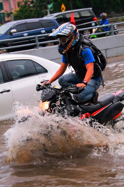 motor-banjir