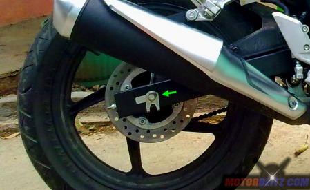 tarik as roda belakang