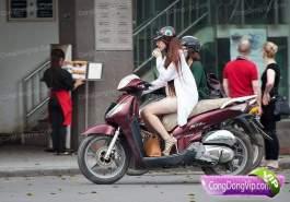gadis cantik naik motor 6