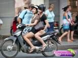 gadis cantik naik motor g