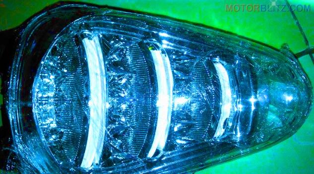 Memperbaiki lampu rem variasi led Scoopy yang rusak