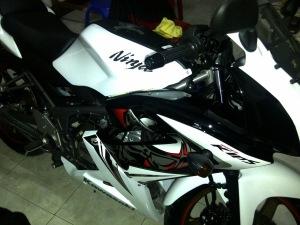 ninja 150 rr putih 2