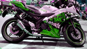 yamaha r15 striping gost green