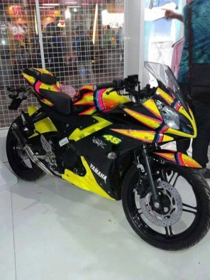 yamaha r15 striping kuning yellow 2
