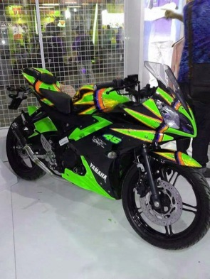 yamaha r15 striping kuning yellow green