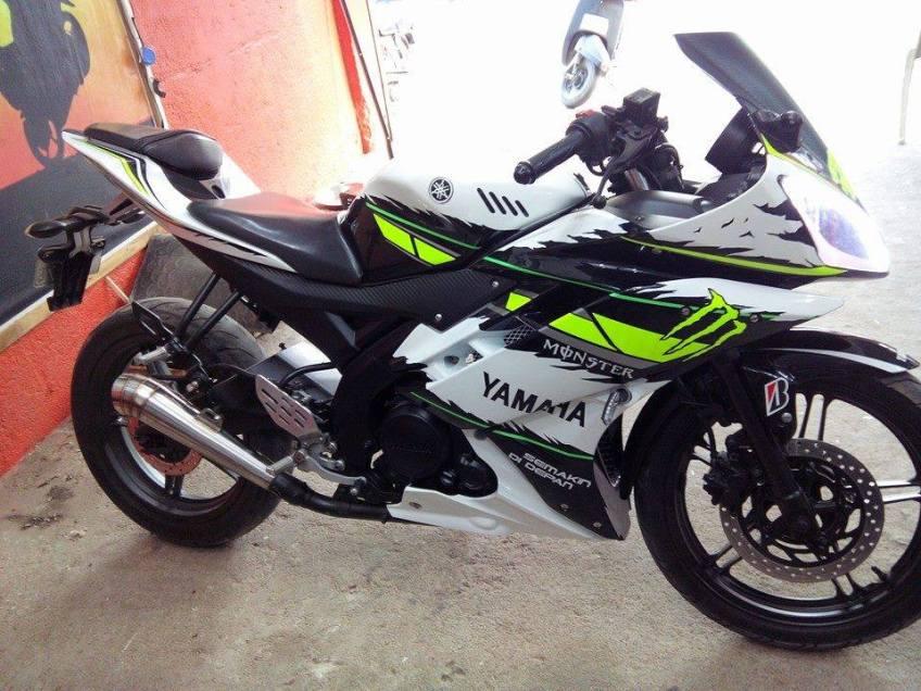 Yamaha R15 Striping Stiker Keren Motorblitz