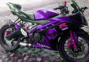 yamaha r15 striping ungu pink