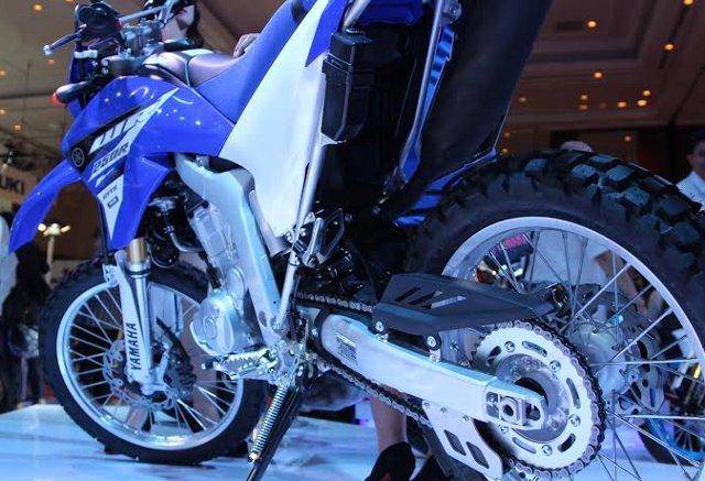 Yamaha wr250r imos 5