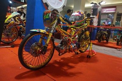 Honda-Modif-Contest-2014-Surabaya-7