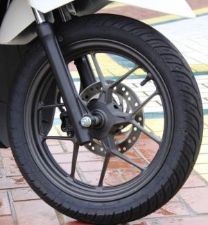 model-velg-baru-lebih-elegan-vario 150