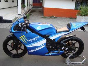modifikasi ninja 150 rr blue 7