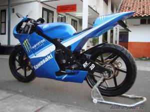 modifikasi ninja 150 rr blue 9