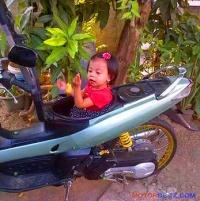 bagasi motor isi anak