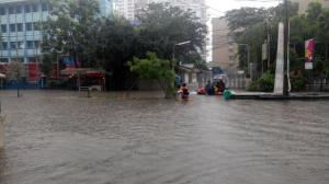 banjir jalan jakarta_ (11)