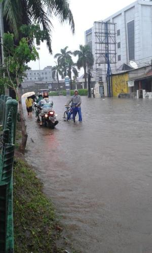 banjir jalan jakarta_ (12)