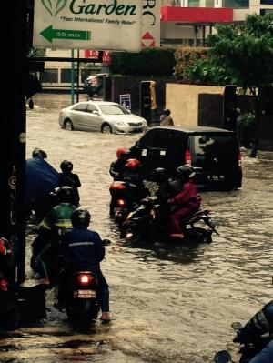 banjir jalan jakarta_ (13)