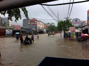 banjir jalan jakarta_ (14)