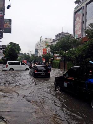 banjir jalan jakarta_ (21)