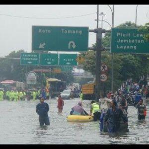 banjir jalan jakarta_ (23)