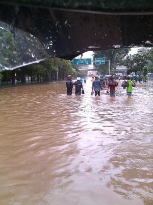 banjir jalan jakarta_ (25)