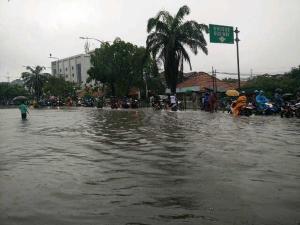 banjir jalan jakarta_ (27)