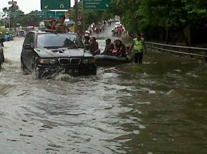 banjir jalan jakarta_ (28)