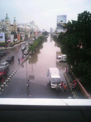 banjir jalan jakarta_ (34)