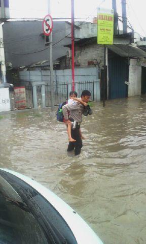 banjir jalan jakarta_ (35)