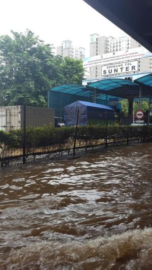 banjir jalan jakarta_ (37)