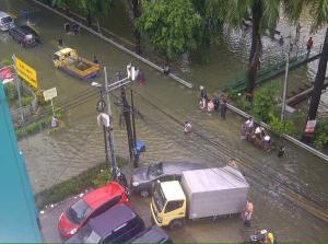 banjir jalan jakarta_ (41)