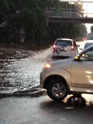 banjir jalan jakarta_ (58)