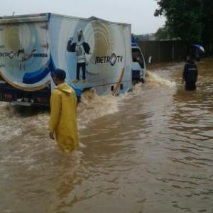 banjir jalan jakarta_ (6)