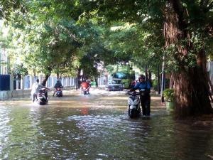banjir jalan jakarta_ (62)
