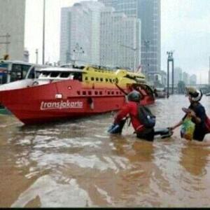 meme banjir jakarta 2015_25