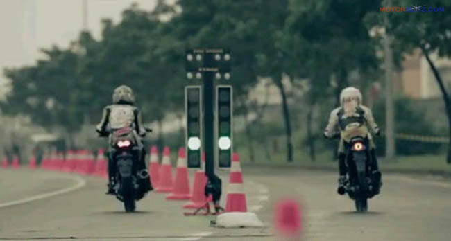 drag MX King vs Satria Fu thumb