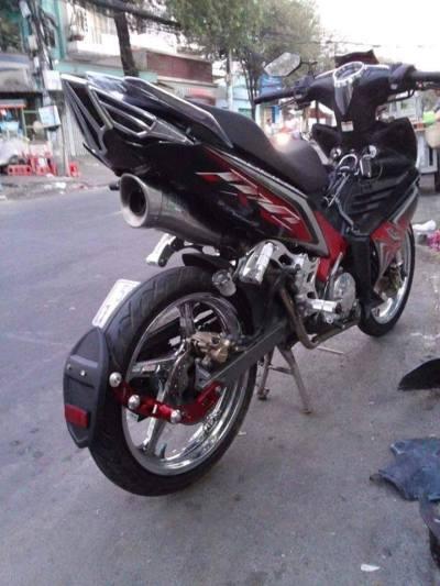 spakbor belakang motor india  (2)