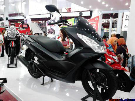Honda PCX Black Matte