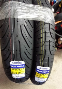 Michelin 180-55-ZR17 Pilot Road 4