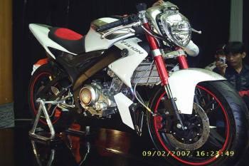 Modifikasi New Vixion streetfighter. (5)